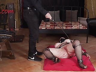 Experienced master is ready to show all his skills
